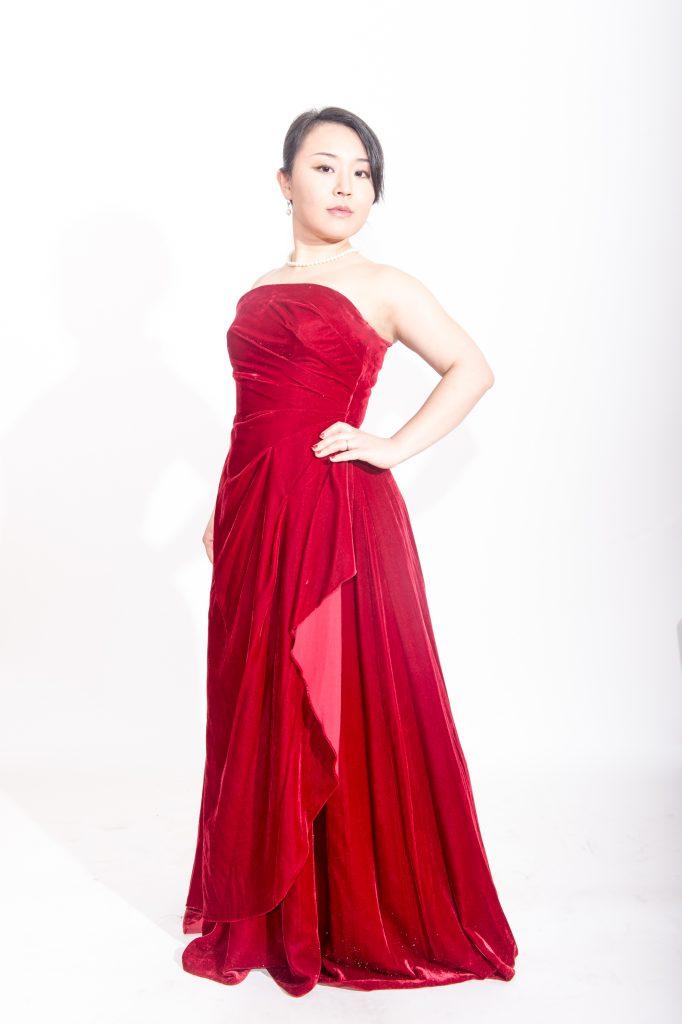 Azusa Nakaoka (Singer)